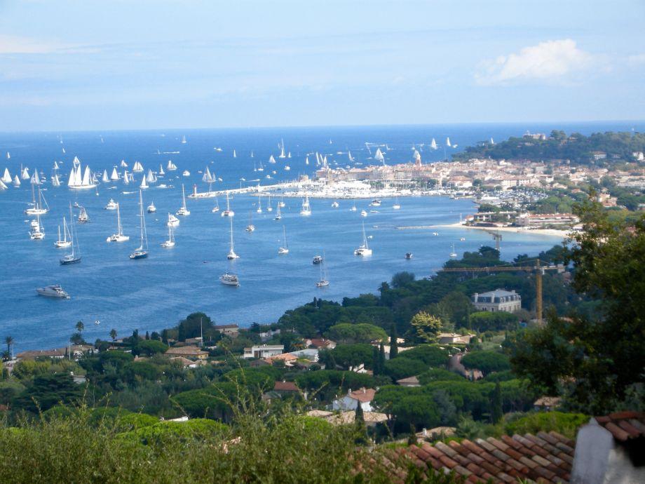 St Tropez und Bucht Aussicht
