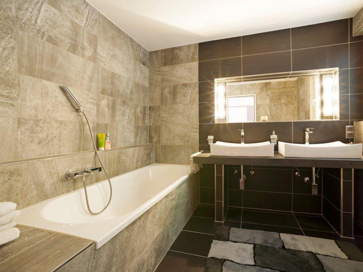 Ferienhaus ein traum direkt am see bodensee h ri 78343 for Traum badezimmer