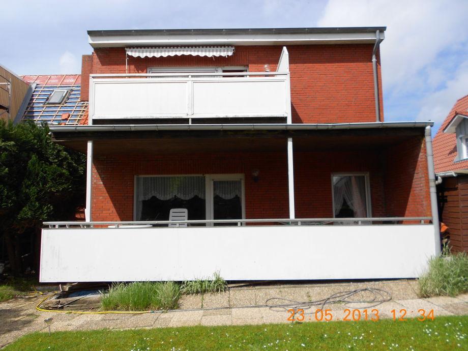 ferienwohnung haus seeigel stranddistel mit balkon norderney ostfriesische inseln firma wd. Black Bedroom Furniture Sets. Home Design Ideas
