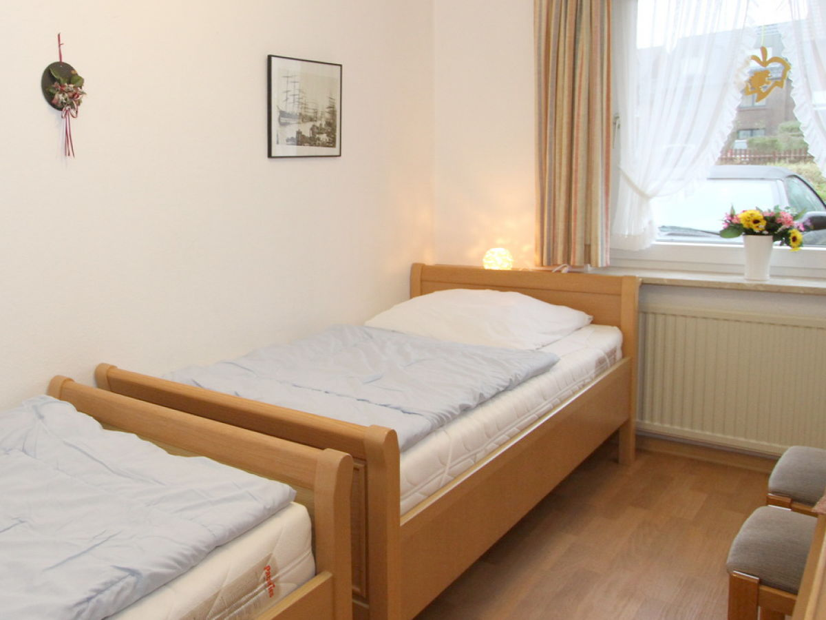landhaus hubertus 5 nordsee cuxhaven duhnen firma der fewo gastgeber herr rainer hillmer. Black Bedroom Furniture Sets. Home Design Ideas