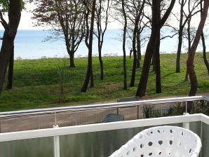 Ferienwohnung Strandhus - Kapitän - Meerblickbalkon