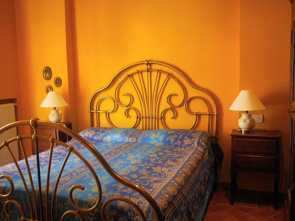 ferienhaus villino le rose a lago maggiore firma lago reisen firma. Black Bedroom Furniture Sets. Home Design Ideas