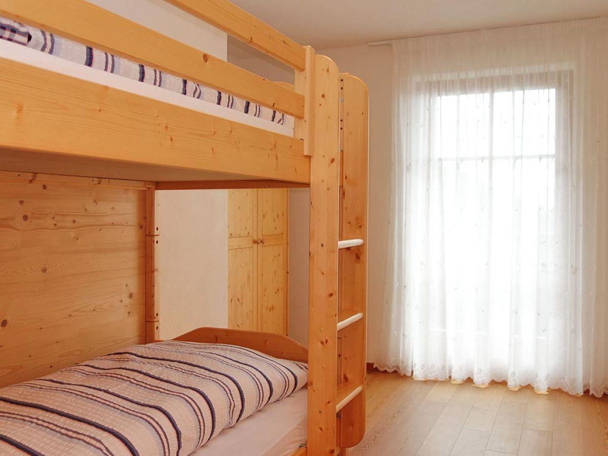 ferienwohnung dolomiten dolomiten kronplatz herr konrad gr nbacher. Black Bedroom Furniture Sets. Home Design Ideas
