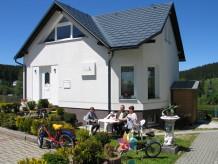 """Ferienhaus Traumurlaub im Erzgebirge Ferienhaus """"wurzelferien.de"""" Carlsfeld"""