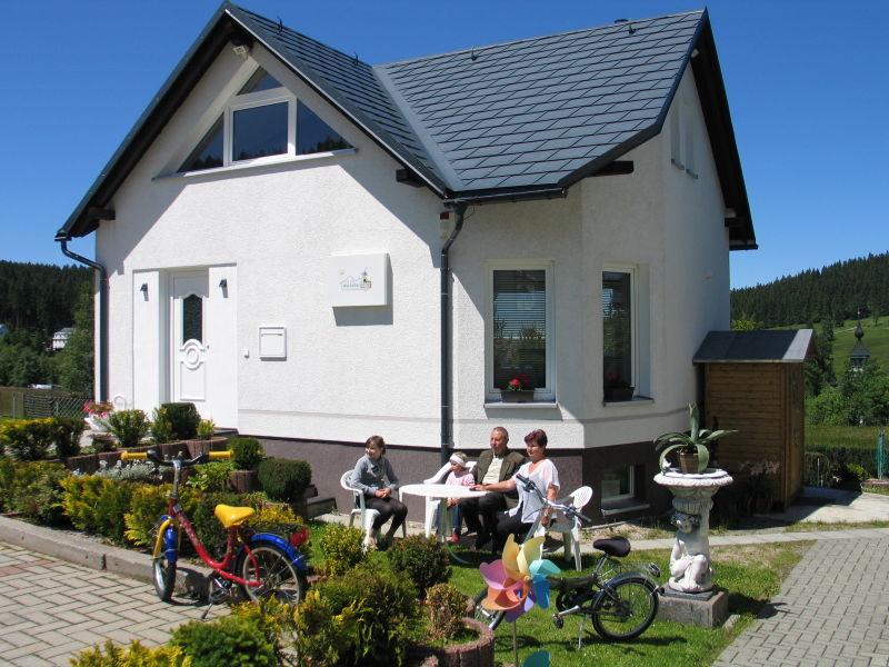 "Traumurlaub im Erzgebirge Ferienhaus ""wurzelferien.de"" Carlsfeld"