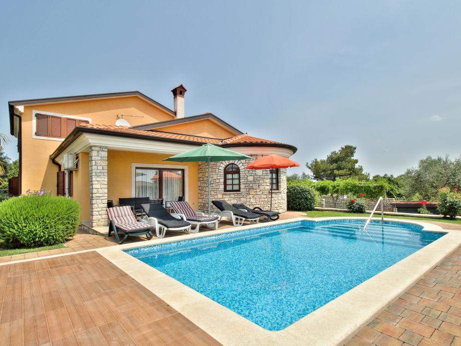 ferienhaus villa morena istrien kroatien herr radenko. Black Bedroom Furniture Sets. Home Design Ideas