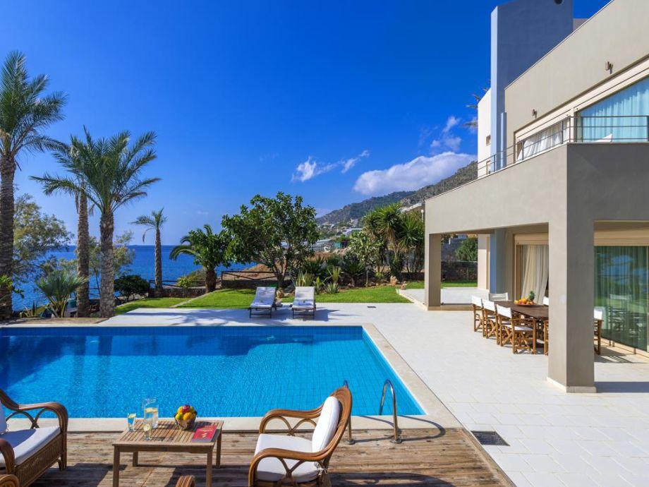 Villa Southcrete mit privatem Meerzugang