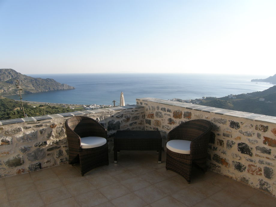 Villa Aretousa offers view of the bay of Plakias