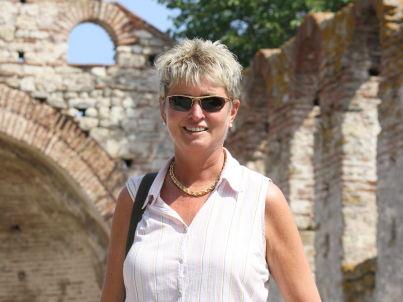 Ihr Gastgeber Sabine Holmes