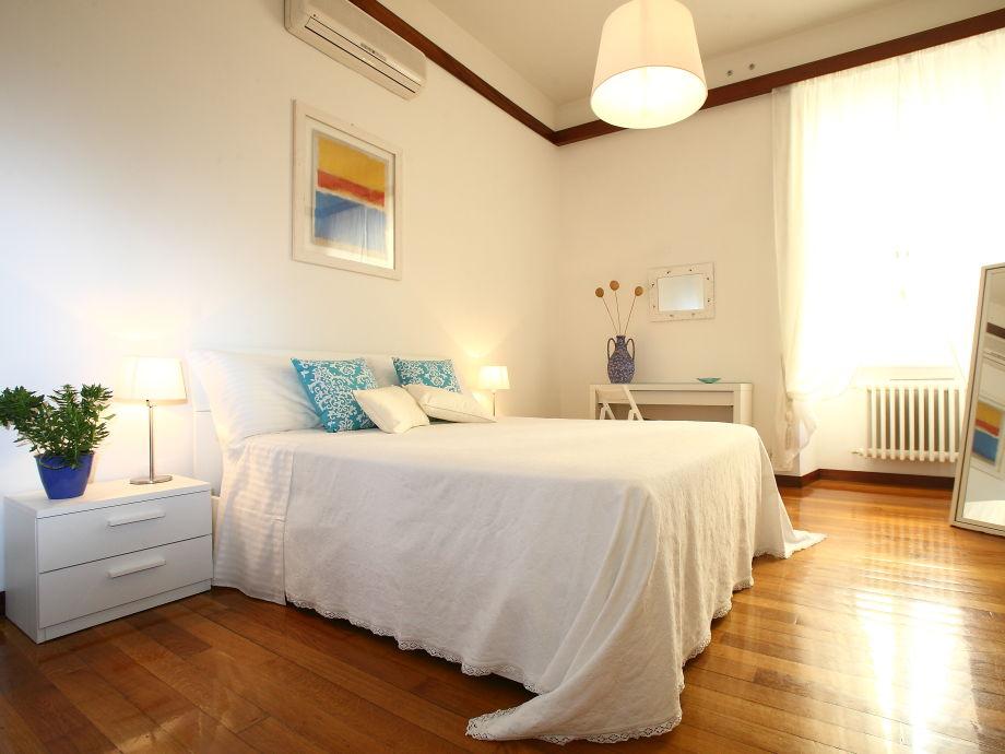 Schlafzimmer Bianca