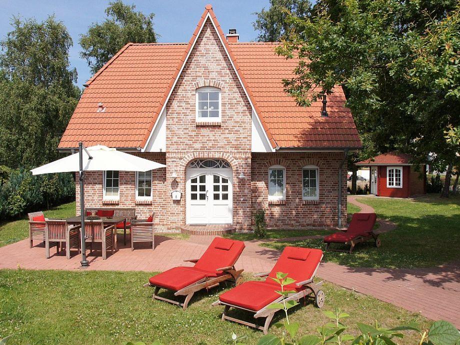 Ferienhaus mit großem Garten