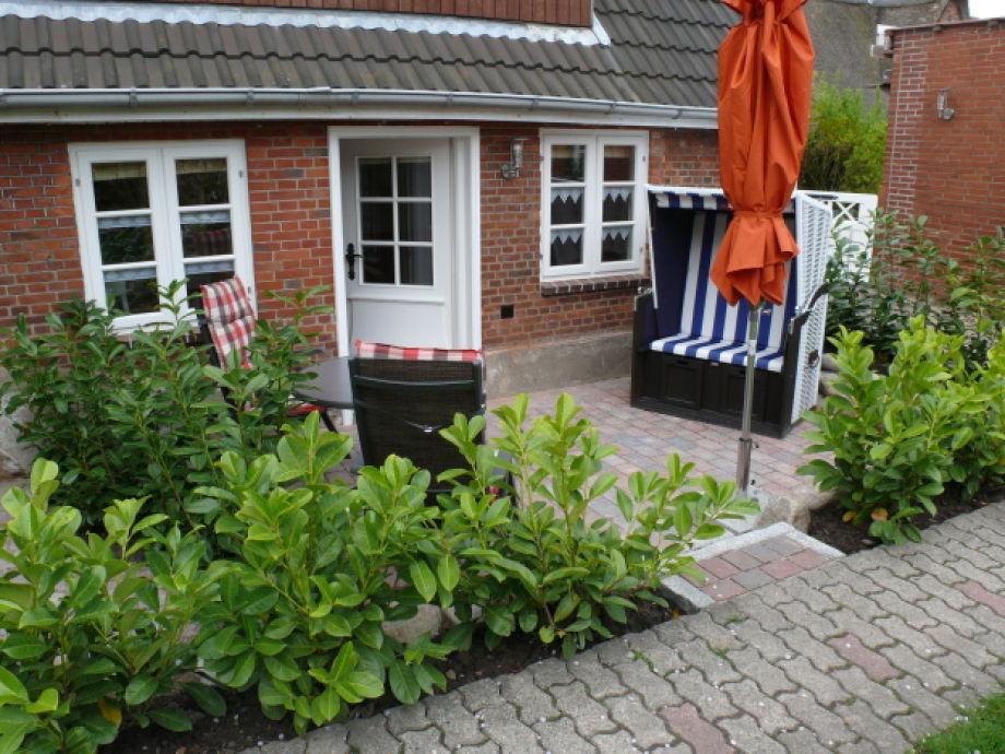 Separater Eingang/Terrasse mit Strandkorb