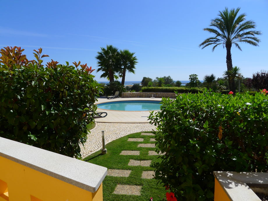 Terrasse zum Pool