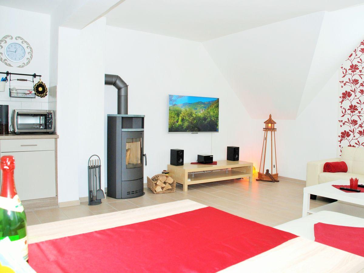 Atemberaubend Küche Und Bad Lange Insel Zeitgenössisch - Küchen ...