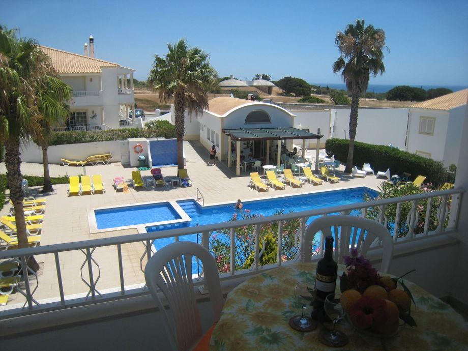 kleine Ferienanlage mit Pool + Tennis