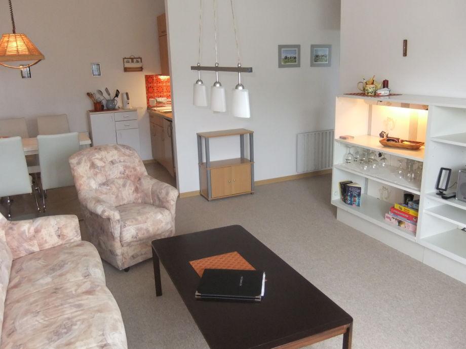 Wohnzimmer - Blick zur Essecke