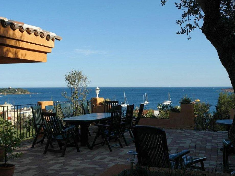 Terrasse mit großem Meerblick