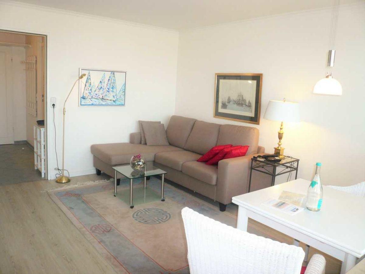 apartment 145 ob im haus metropol sylt firma hussmann immobilien handel und ferienwohnungen. Black Bedroom Furniture Sets. Home Design Ideas
