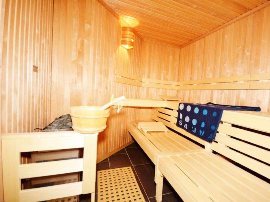 komfort ferienwohnung margarete nr 26800 mecklenburg vorpommern ostsee r gen binz firma. Black Bedroom Furniture Sets. Home Design Ideas
