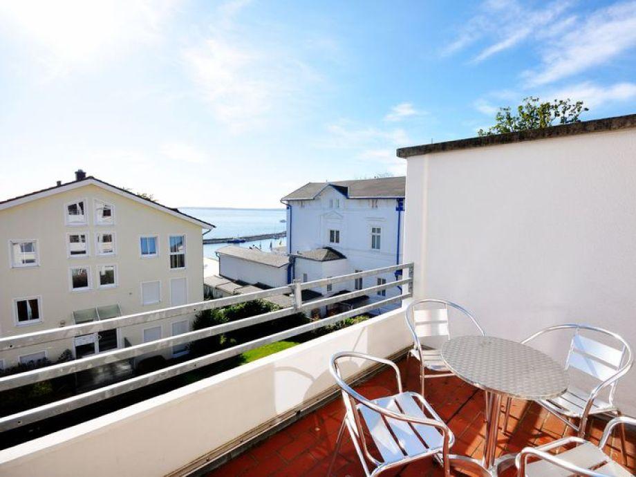 komfort ferienwohnung meeresrauschen nr 29377 mecklenburg vorpommern ostsee r gen. Black Bedroom Furniture Sets. Home Design Ideas