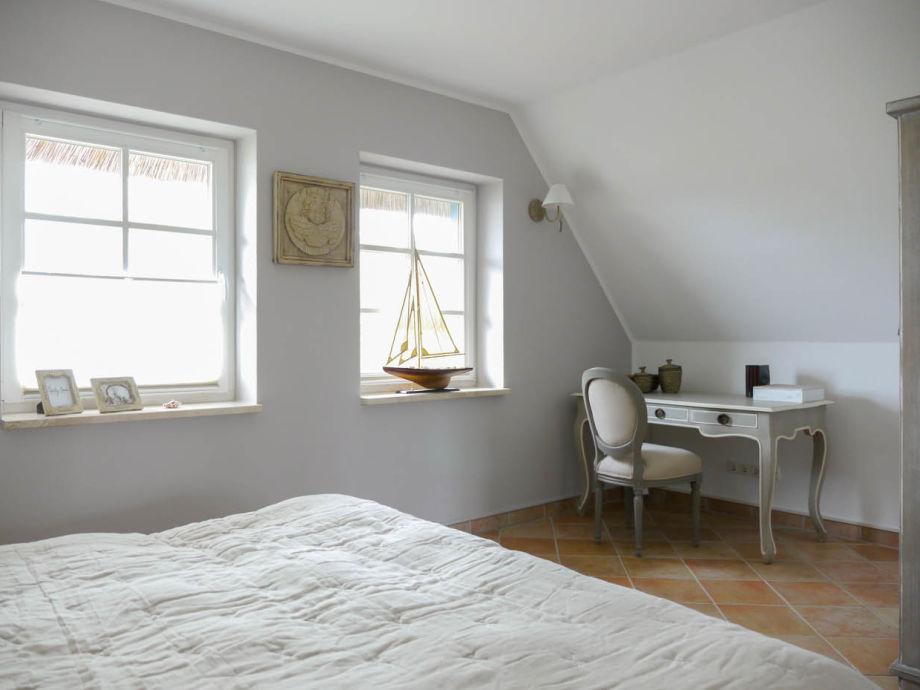 Schlafzimmer Mit Eingebautem Schreibtisch ~ Home Design Und Möbel