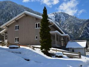 Ferienwohnung im Klostertal - Haus 2
