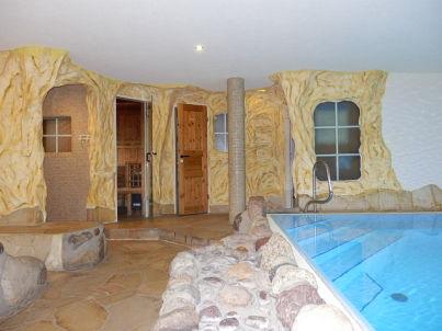 Bunte Villa Wohnung Stall