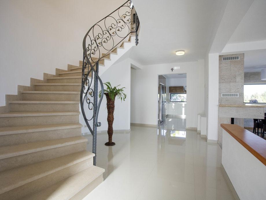 treppe wohnzimmer:Ferienhaus Villa Parsella, Dalmatia – Familie Branka Vojnovic