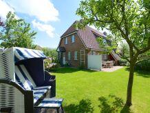 Ferienhaus Oldsum 85b - ruhig gelegene DHH im alten Dorfkern