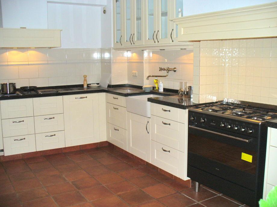 villa flore nord holland bergen aan zee firma. Black Bedroom Furniture Sets. Home Design Ideas