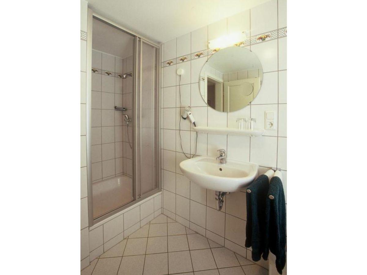 ferienhaus lisbeth rheinland pfalz mosel firma ferienweingut hess becker familie marie. Black Bedroom Furniture Sets. Home Design Ideas