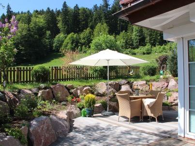 Rosengarten im Ferienhaus Carola