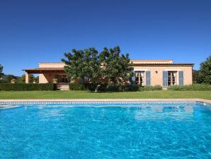 Villa Ref. 01