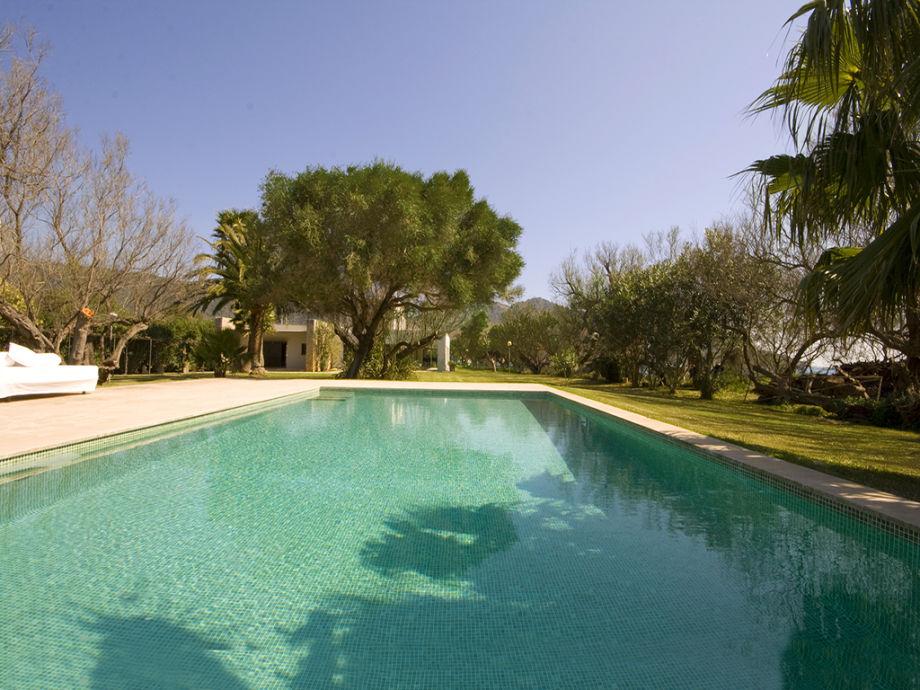 Privatem Pool