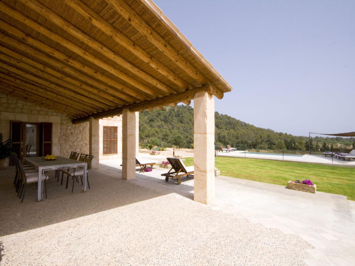 villa ref 140 son servera firma reservatum frau. Black Bedroom Furniture Sets. Home Design Ideas