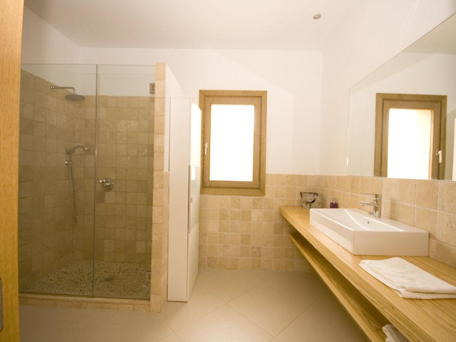 Echtholz Wandboard Fur Fernseher Wohnzimmer : Badezimmer Dusche Und ...