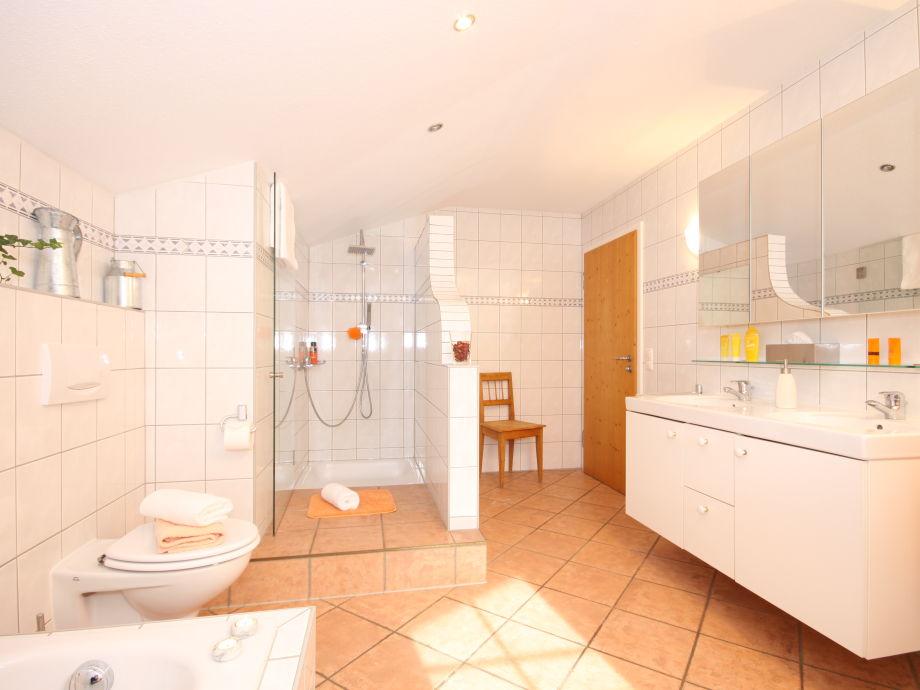 ferienwohnung landhaus eberle kleinwalsertal mittelberg. Black Bedroom Furniture Sets. Home Design Ideas