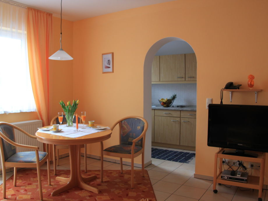 ferienwohnung im appartementhaus zum inn niederbayern rottal b derdreieck bad f ssing. Black Bedroom Furniture Sets. Home Design Ideas