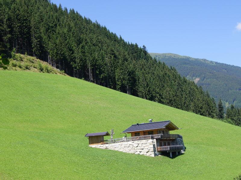 """Berghütte """"Wellnesschalet Bergschlössl"""""""