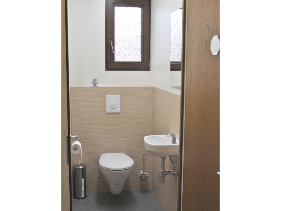 ferienwohnung nussbaum im ferienhaus zum hobel. Black Bedroom Furniture Sets. Home Design Ideas