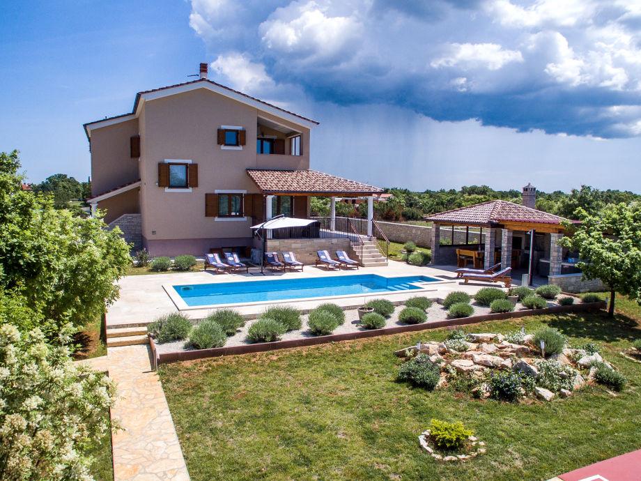 Villa Stokovci
