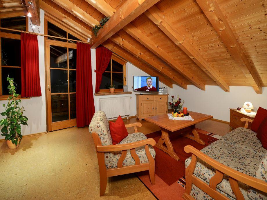 ferienwohnung im ferienhaus kaiserfeld chiemgau firma haus kaiserfeld familie christine und. Black Bedroom Furniture Sets. Home Design Ideas