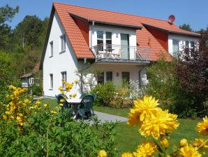 Ferienwohnung Steinbock - Haus am Wald