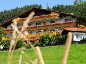 """Apartment """"Edelweiß""""  im Wildschütz - Jungholz"""