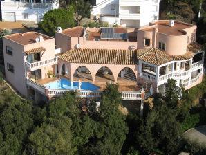 Villa Rosada