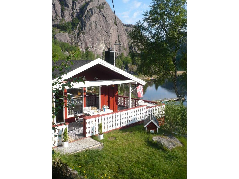 Paradies mit Terrasse und Liegewiese