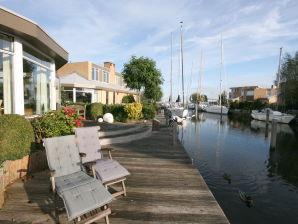 Ferienhaus Paradies am Wasser