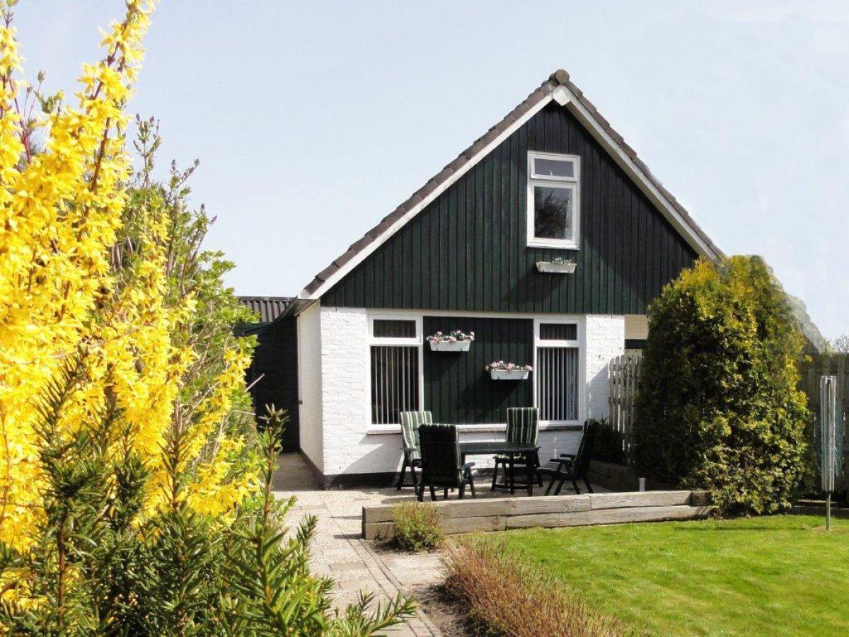 Ferienhaus haus am see und wald ijsselmeer lemmer for Ferienhaus am see