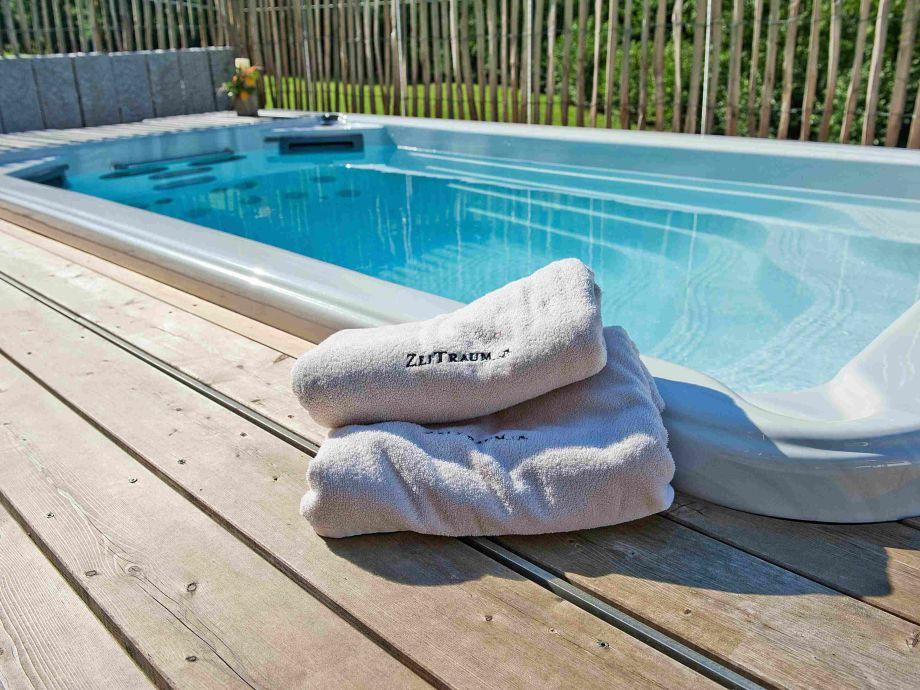 Swim Spa mit Gegenstromanlage