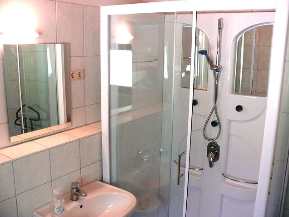 ferienhaus waldschneise b reihenmittelhaus m ritz mecklenburgische seenplatte familie. Black Bedroom Furniture Sets. Home Design Ideas